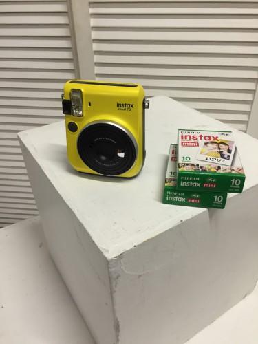 Fujifilm INSTAX Mini 70 yellow