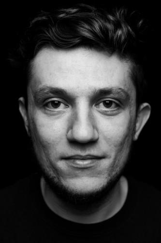 Всеволод Стекольщук, татуировщик, INKED BRAIN.  Фотограф – Максим Лоскутов
