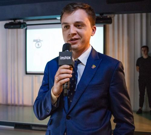 Кирилл Мартынов: Екатеринбург входит в топ-3 по продажам Instax в России/фотография предоставлена группой компаний