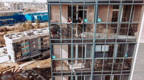 "Станислав Белоглазов и ""Атомстройкомплекс"": Лавстори на фоне самоизоляции"